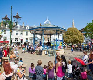 Horshm Town - Bandstand
